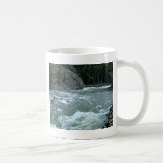 急ぐ水 コーヒーマグカップ