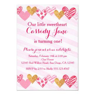 恋人のハートの誕生日の招待状 カード