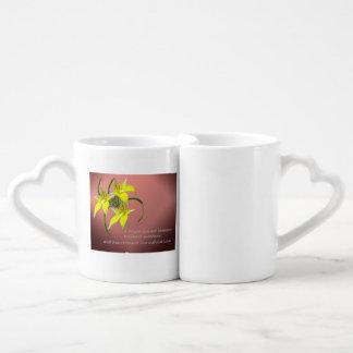 恋人の蘭の引用文のマグのCowslipのケルト結び目模様のハート ペアカップ