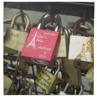 恋人橋-パリ愛ロック、フランス-急上昇させて下さい ナプキンクロス