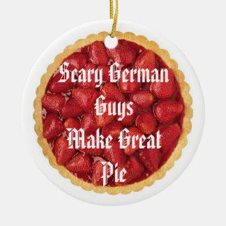 恐いドイツの人パイ セラミックオーナメント