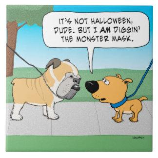 恐いブルドッグ顔および犬の侮辱 タイル