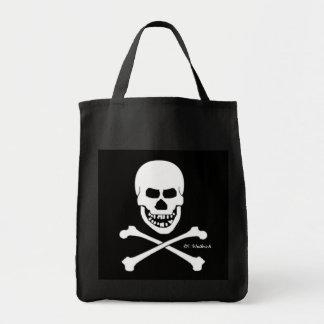 恐い海賊スカル及び骨が交差した図形ハロウィンまたは本 トートバッグ