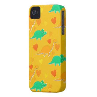 恐竜のハートパターンiPhone 4の4S場合 Case-Mate iPhone 4 ケース