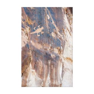 恐竜国民Mnt.のトカゲの岩石彫刻のパネル キャンバスプリント