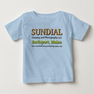 恥知らずな自己のプロモーション ベビーTシャツ