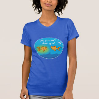 悩まされた金魚 Tシャツ