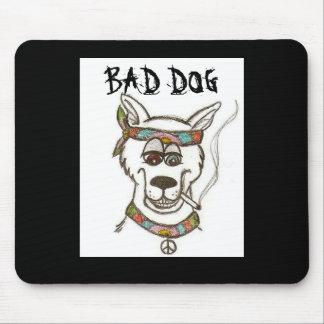 悪い犬のマウスパッド マウスパッド