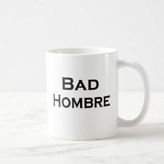 悪いHombreのおもしろマグカップのアンチ切札の人のマグ コーヒーマグカップ