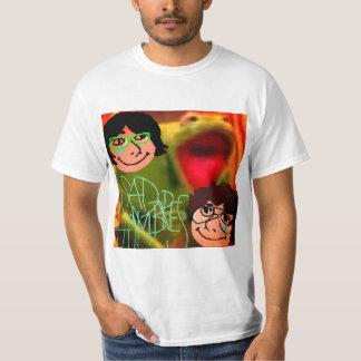 悲しいhombre tシャツ