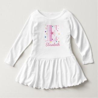 情報通および粋でカスタムなピンクのGirltyの名前のイニシャルLe ドレス