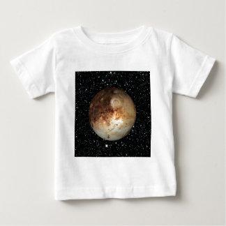 惑星のプルートの星の背景(太陽系)の~ ベビーTシャツ