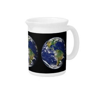 惑星の地球の自然な(太陽系) ~ ピッチャー
