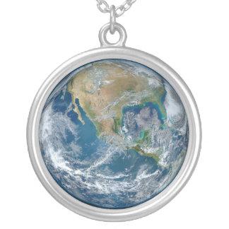 惑星の地球の青い大理石のイメージ カスタムジュエリー