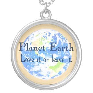 惑星の地球-それを愛しますか、または残して下さい ペンダント