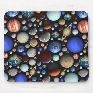 惑星の宇宙のテーマパターンの山 マウスパッド