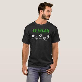 惑星の緑のタイポグラフィのTシャツのためのビーガンは行きます Tシャツ