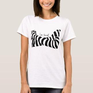 愛あなた自身Tシャツ Tシャツ
