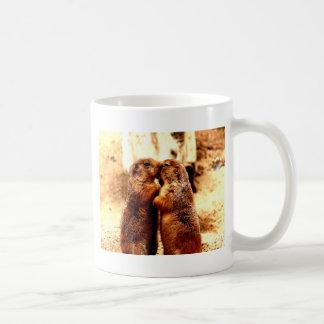 愛およびキスをするなプレーリードッグ コーヒーマグカップ