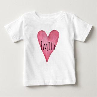 愛されたカスタマイズ可能な女の赤ちゃんのTシャツです ベビーTシャツ