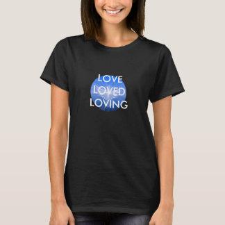 、愛される愛される、愛します Tシャツ