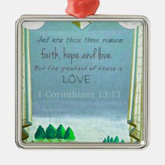 愛についての感動的な聖書の詩。 1人のCorinthian メタルオーナメント