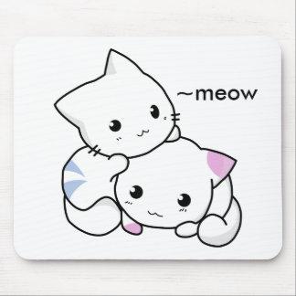 愛の男の子および女の子の子ネコのかわいいスケッチ マウスパッド