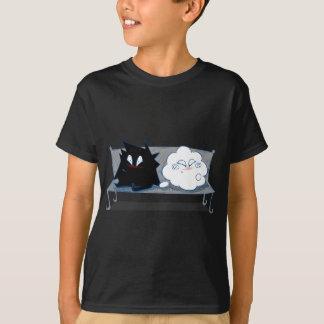 愛のWanda幸せな雲そしてイヴァン Tシャツ
