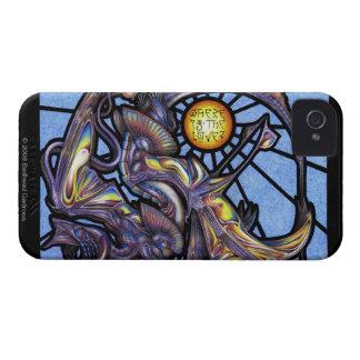 愛はどこにありますか。 ブラックベリーのはっきりしたな箱 Case-Mate iPhone 4 ケース