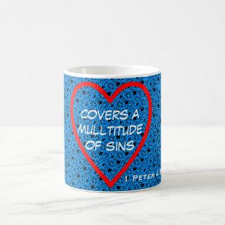 愛は多数の罪をカバーします コーヒーマグカップ