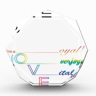 愛は愛です 表彰盾