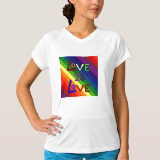 愛は愛RAINBOW~です Tシャツ