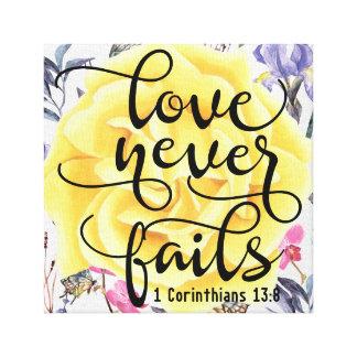 愛は決して1 Corinthiansの13:8を失敗しません キャンバスプリント
