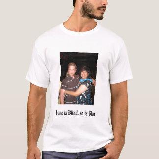 愛は盲目、そうです谷間です Tシャツ