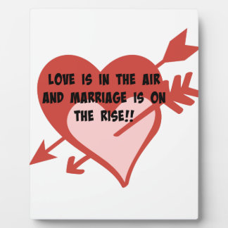 愛は空気にあり、結婚は増加しています!! フォトプラーク