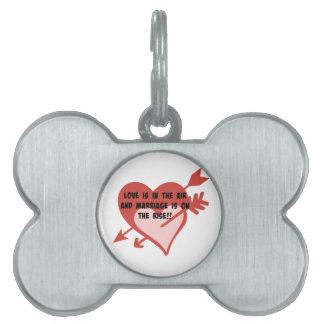 愛は空気にあり、結婚は増加しています!! ペットネームタグ