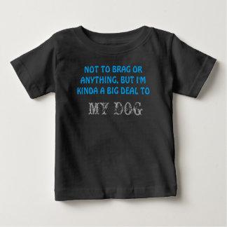 愛らしくユニセックスな幼児のTシャツ ベビーTシャツ