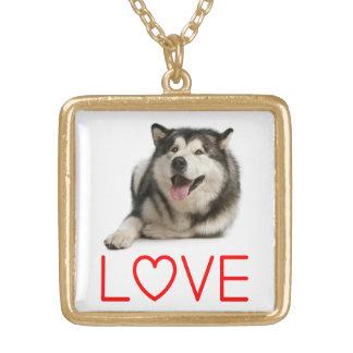 愛アラスカンマラミュートの小犬のペンダントのネックレス ゴールドプレートネックレス