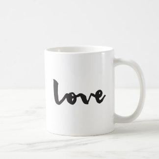 愛タイポグラフィのマグ コーヒーマグカップ