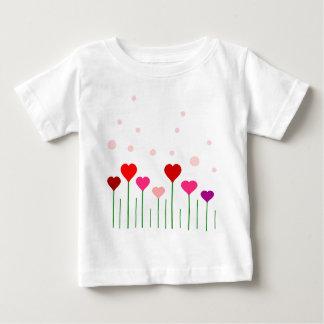 愛ハート分野 ベビーTシャツ