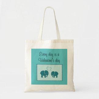 愛パッチワークの粋でかわいくロマンチックな象 トートバッグ
