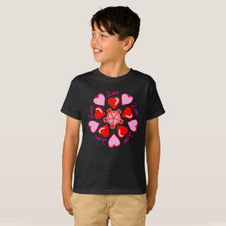 愛ピンクの赤の螺線形の旋風はTシャツをからかいます Tシャツ