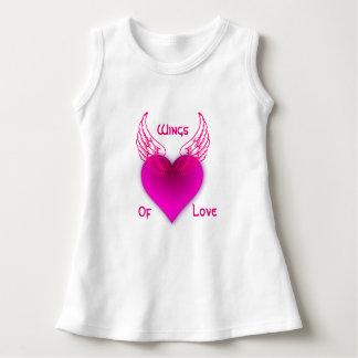 愛ベビーの袖なしの服の翼 ドレス