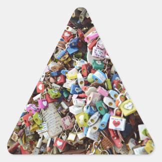 愛ロック 三角形シール