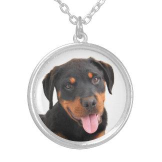 愛ロットワイラーの小犬のペンダントのネックレス シルバープレートネックレス