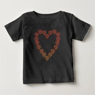 愛中心 ベビーTシャツ