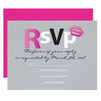 愛及びキスのショッキングピンクのバルミツワーの応答カード カード