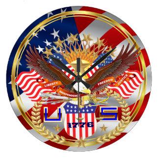 愛国心が強いまたは退役軍人の異なったスタイル ラージ壁時計