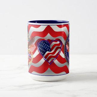 愛国心が強いまたは退役軍人3のロゴ ツートーンマグカップ
