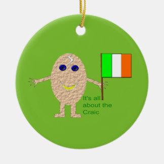 愛国心が強いアイルランドの卵のオーナメント セラミックオーナメント